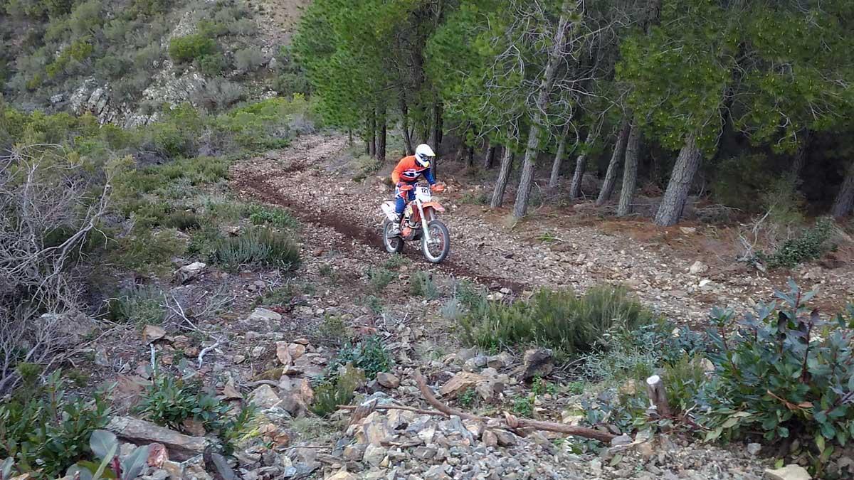 Escursioni moto Enduro offroad in Sardegna