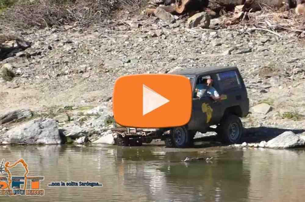 Videos Gué du Flumendosa en véhicule tout terrain – Sardaigne